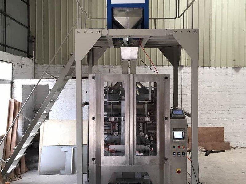 Granule Packing Machine 2