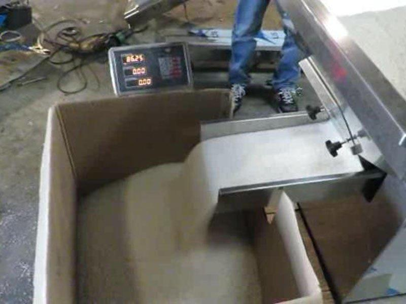 Top Y Vibratory Feeder Running 70kgs in Half Minute